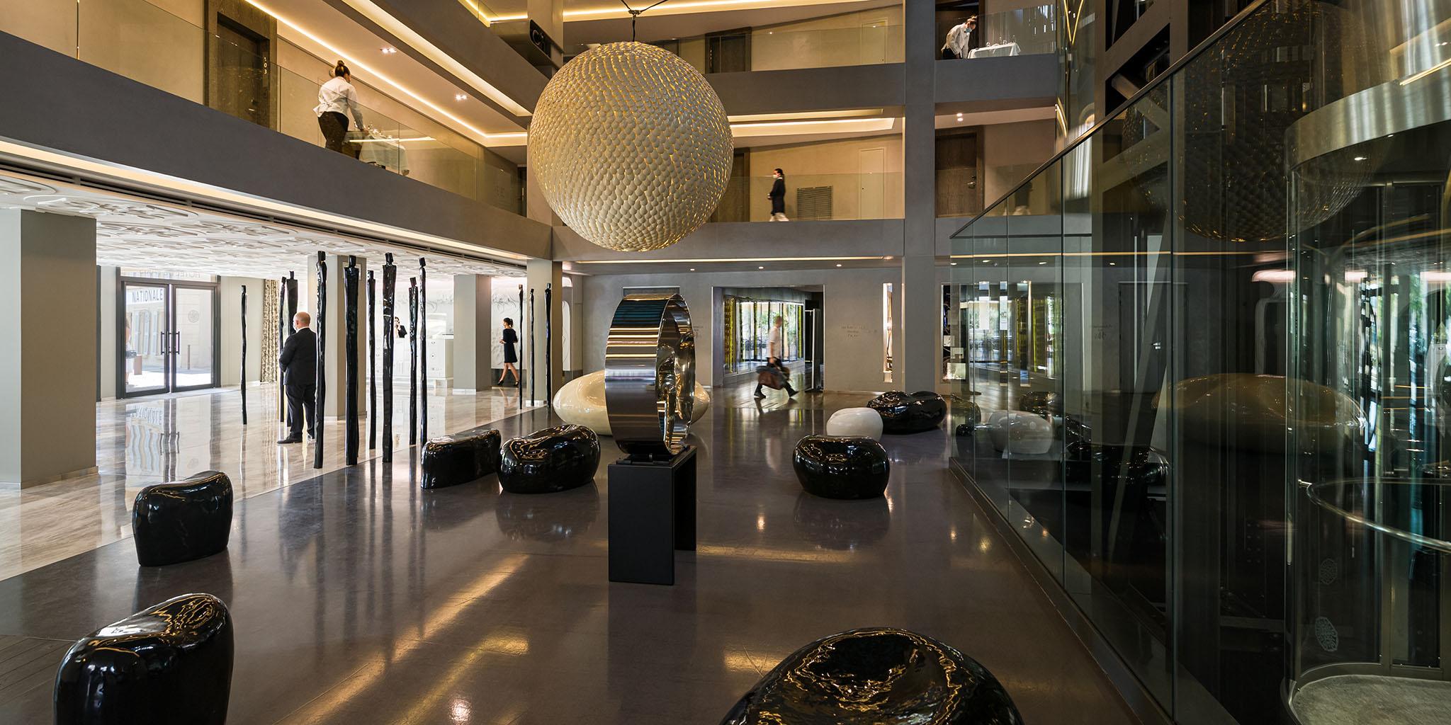 lobby hotel de paris saint tropez